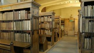The chained library. Photo: Dean and Chapter of Hereford and the Hereford Mappa Mundi Trust