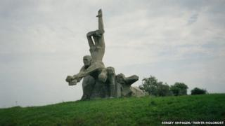 The monument at Rostov-on-Don