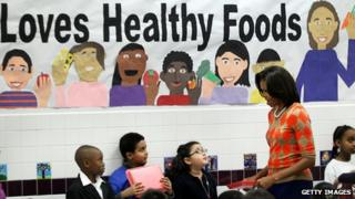 US first lady Michelle Obama talks to students about healthy eating