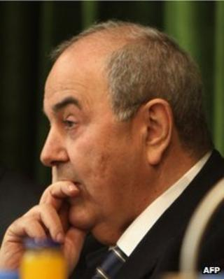 Iraqiyya leader and former PM Iyad Allawi (file photo)