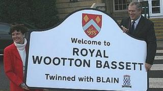 Patricia Bennett-Yard from Kent paid £510 for a Wootton Bassett road sign