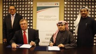 Government officials from the Isle of Man and Dubai sign an agreement courtesy Isle of Man government