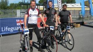 Daryl with his son Craig and a friend after a cycle race