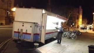 A kebab van outside the Ashmolean
