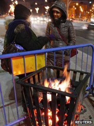 Street brazier in Warsaw, 1 Feb 12