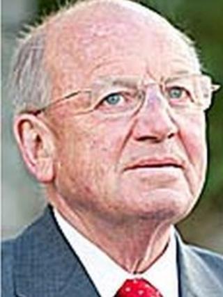 Keith Davies AC