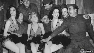 British troops meet The Ascots in 1940