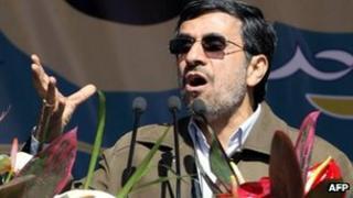 Mahmoud Ahmadinejad in Tehran (11 February 2012)