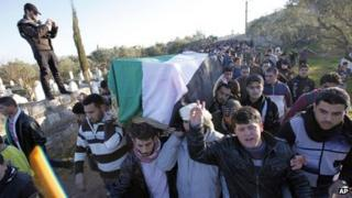 Photograph published by opposition activists purportedly showing funeral in Idlib (4 February 2012)