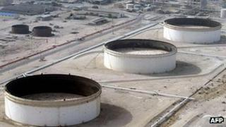 Lavan oil refinery, Iran - file pic