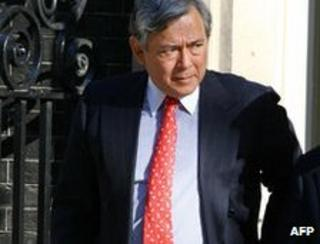 Eric Daniels leaves Downing St in 2008