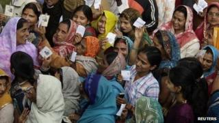 A crowd of women voters in Uttar Pradesh