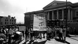 A loyalist protest against the supergrass system outside Crumlin Road courthouse in 1984