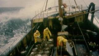 Fishing trawler (generic)