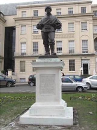 The statue of Dr Edward Wilson in Cheltenham town centre