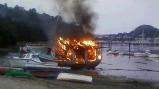 The boat on fire