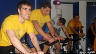 People taking part in the Jay Morris Spinathon