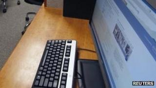 Computer (February 2012)