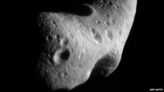 An asteroid like this one may be heading towards earth.
