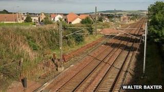 Rail line at Reston - Image by Walter Baxter
