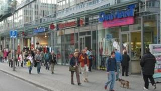German shoppers
