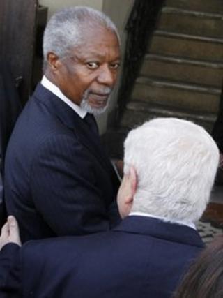 UN-Arab League envoy Kofi Annan in Damascus with Syrian Foreign Minister Walid al-Moualem (10 March)
