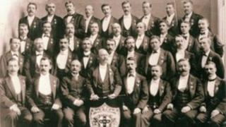 The Apollo choir in 1901