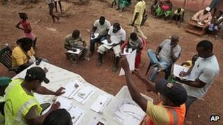 Monitors watch votes being counted in Bissau, Guinea-Bissau