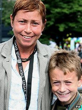 Jane Tomlinson with her son Steven