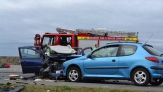 Vehicle collision along the Vazon Coast Road