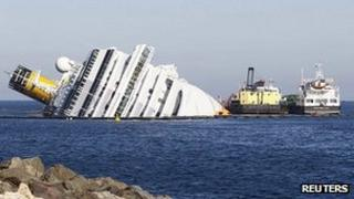Costa Concordia and oil recovery vessels (24 Feb 2012)