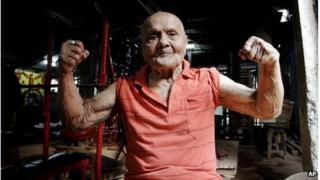 Manohar Aich at 100