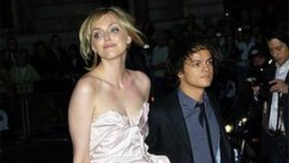 Pianist Jamie Cullum (right) with wife Sophie Dahl