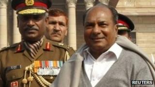 AK Antony (right)