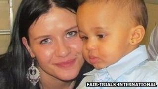 Natalia Gorczowska and baby (Photo: Fair Trials International)
