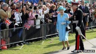 Queen visits Redbridge