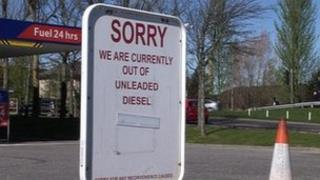 Sign saying no fuel left at Tesco petrol station in Inverness