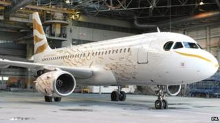 BA plane painted with London 2012 dove design