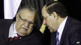 Iraqi President Jalal Talabani and Prime Minister Nouri Maliki (1 December 2011)