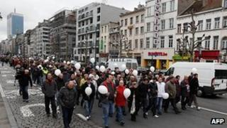 Mourners on solidarity march in Brussels, 9 Apr 12
