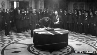 Edward Carson signing the Ulster Covenant