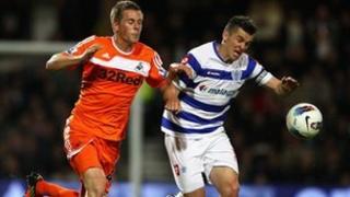 Joey Barton gafodd un o goliau QPR