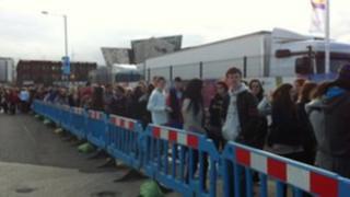 Queue for the MTV concert in Belfast