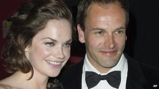 Ruth Wilson and Jonny Lee Miller