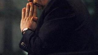 Praying - generic