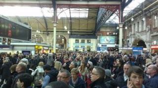 Passengers stuck at Victoria station