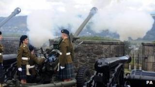 Gun salute at Stirling Castle on 21 April 2012