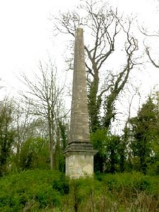 Chesterton Obelisk