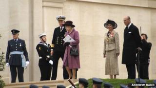The Queen at the arboretum site in 2007