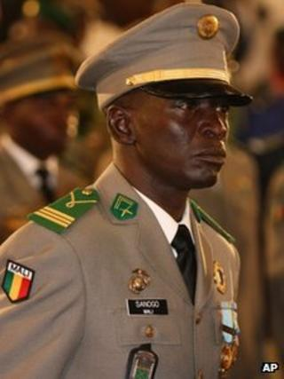 Capt Amadou Haya Sanogo at swearing-in ceremony for interim president, 12 April 2012